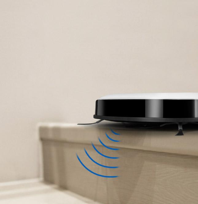 cảm biến hống rơi DEEBOT SLim 11 luôn di chuyển an toàn quanh nhà bạn để làm sạch quanh cầu thang mà không sợ bị rơi xuống